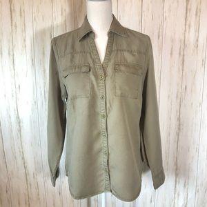 New York & Company collard shirt in olive green
